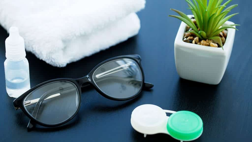 glasses contacts safety